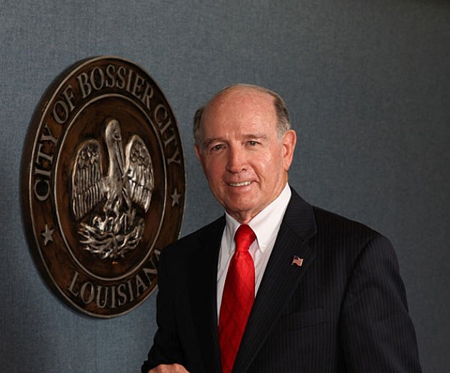 Bossier City Mayor Lo Walker