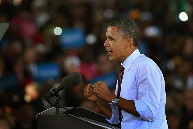 obama campaigns in Milwaukee