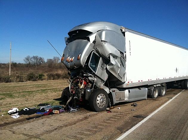 photo of wrecked 18-wheeler