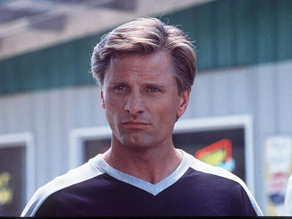 Viggo Mortensen Stars In The Movie 28 Days