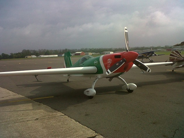 photo of Kevin Coleman's aerobatic plane
