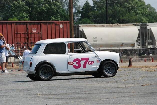 photo of my 1965 Austin Mini on course