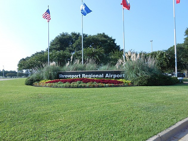 photo of Shreveport Regional Airport entrance