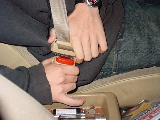Officers will be cracking down on seat belt violators next week